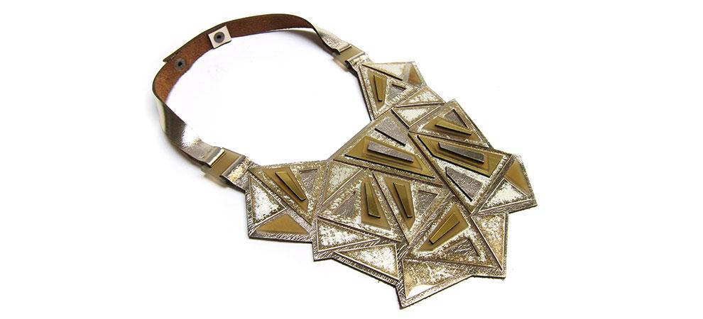 inv15-punta-collar-oro-990X450