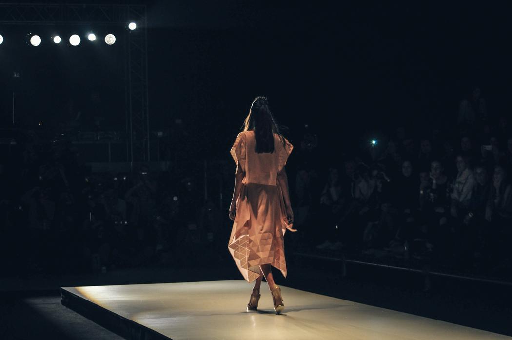 Fractal en BAFWeek - Fotografía:  Agustina Gavagnin